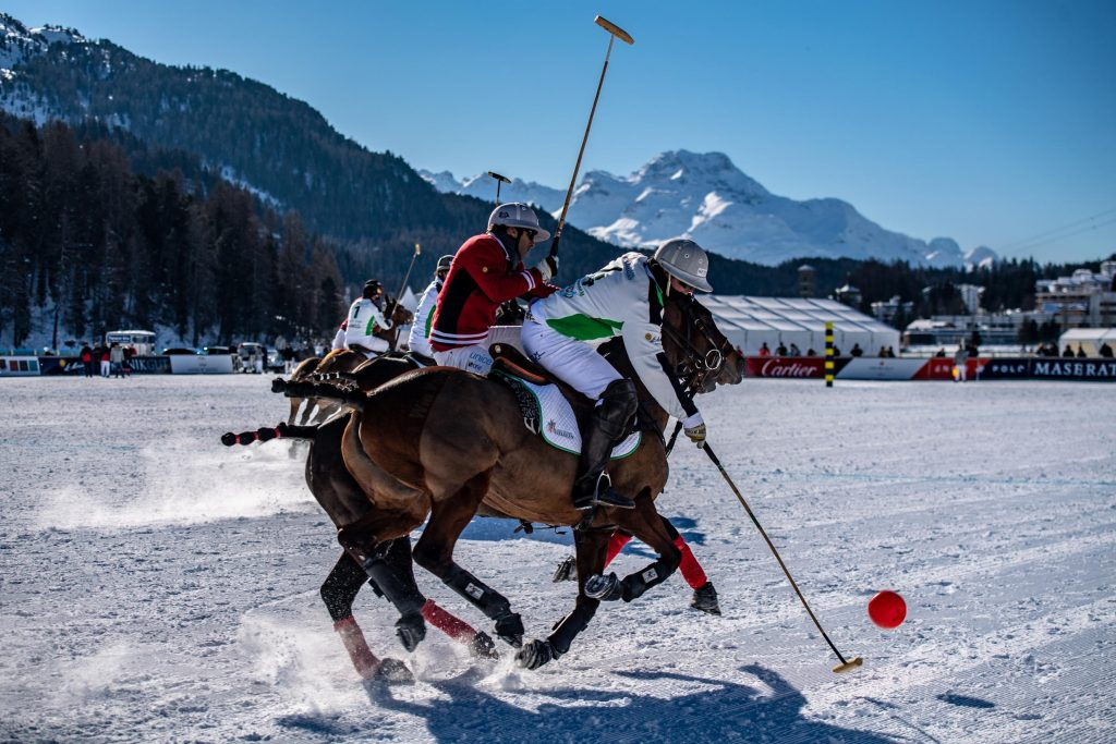 day-1-snow-polo-world-cup-2019_copyright-fotoswiss-com-giancarlo-cattaneo